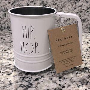 Rae Dunn - 3 Cup Flour Sifter